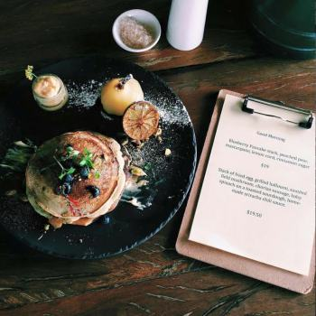 cairns-breakfast-restaurant